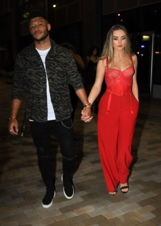 Perrie Edwards and Alex Oxlade-Chamberlain Stills Leaves Menagerie Restaurant & Bar in Manchester 2018/02/24
