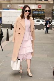 Abigail Spencer Stills Arrives at Today Show in New York 2018/04/03 7