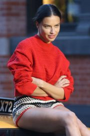 Adriana Lima Stills on the Set of a Photoshoot in New York 2018/04/20 9