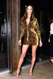Alessandra Ambrosio Stills at Dundas Traveling Flagship Cocktail Party in Los Angeles 2018/04/24 3