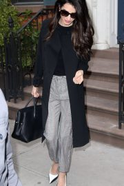Amal Clooney Stills Out and About in New York 2018/04/12 10