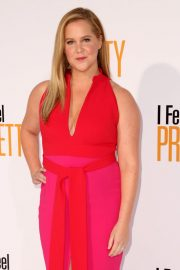 Amy Schumer Stills at I Feel Pretty Premiere in Los Angeles 2018/04/17 6