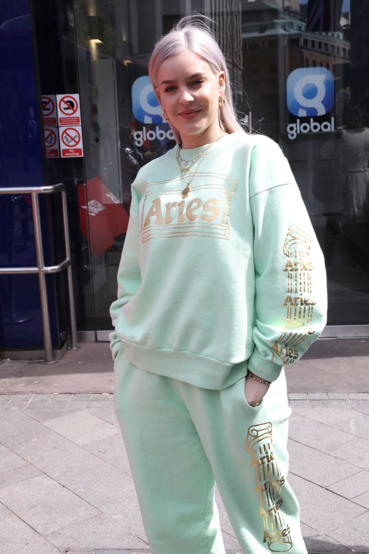 Anne-Marie Stills in Sweatsuit Out in London 2018/04/25 7