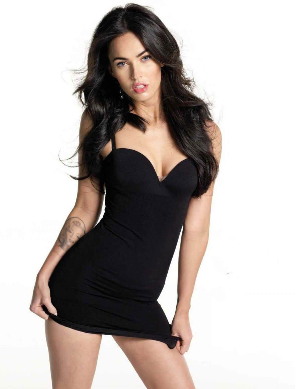Best from the Past - Megan Fox Poses for DT Magazine, 2009 Issue 1
