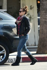 Bethany Joy Lenz Stills Out and About in Los Angeles 2018/04/21 2