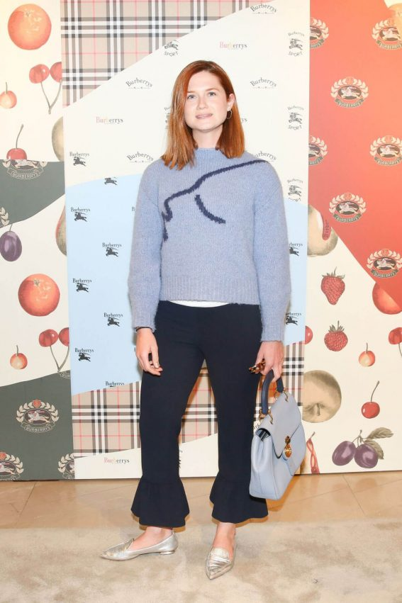 Bonnie Wright Stills at Burberry x Elle Celebrate Personal Style with Julien Boudet in Los Angeles 2018/04/18 2
