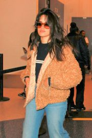 Camila Cabello Stills at LAX Airport in Los Angeles 2018/04/18 10