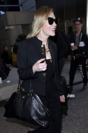 Cate Blanchett Stills at LAX Airport in Los Angeles 2018/04/22 8