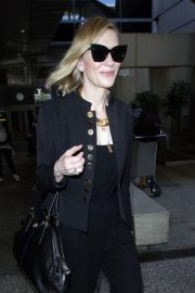 Cate Blanchett Stills at LAX Airport in Los Angeles 2018/04/22 13