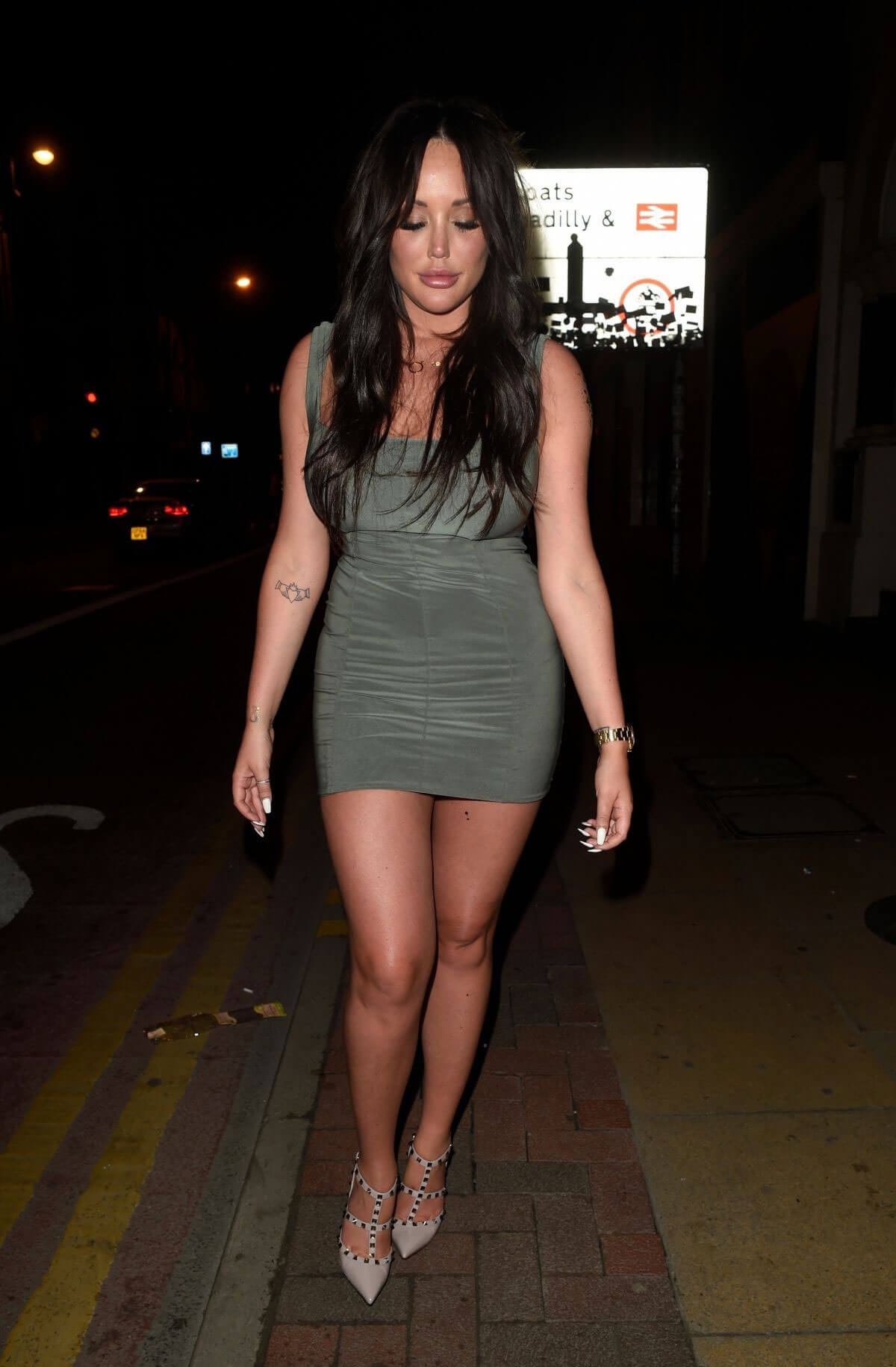 Charlotte Crosby Stills Night Out in Manchester 2018/04/21 10