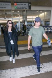Chloe Bridges and Adam Devine Stills at LAX Airport in Los Angeles 2018/04/20 3
