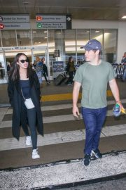 Chloe Bridges and Adam Devine Stills at LAX Airport in Los Angeles 2018/04/20 5