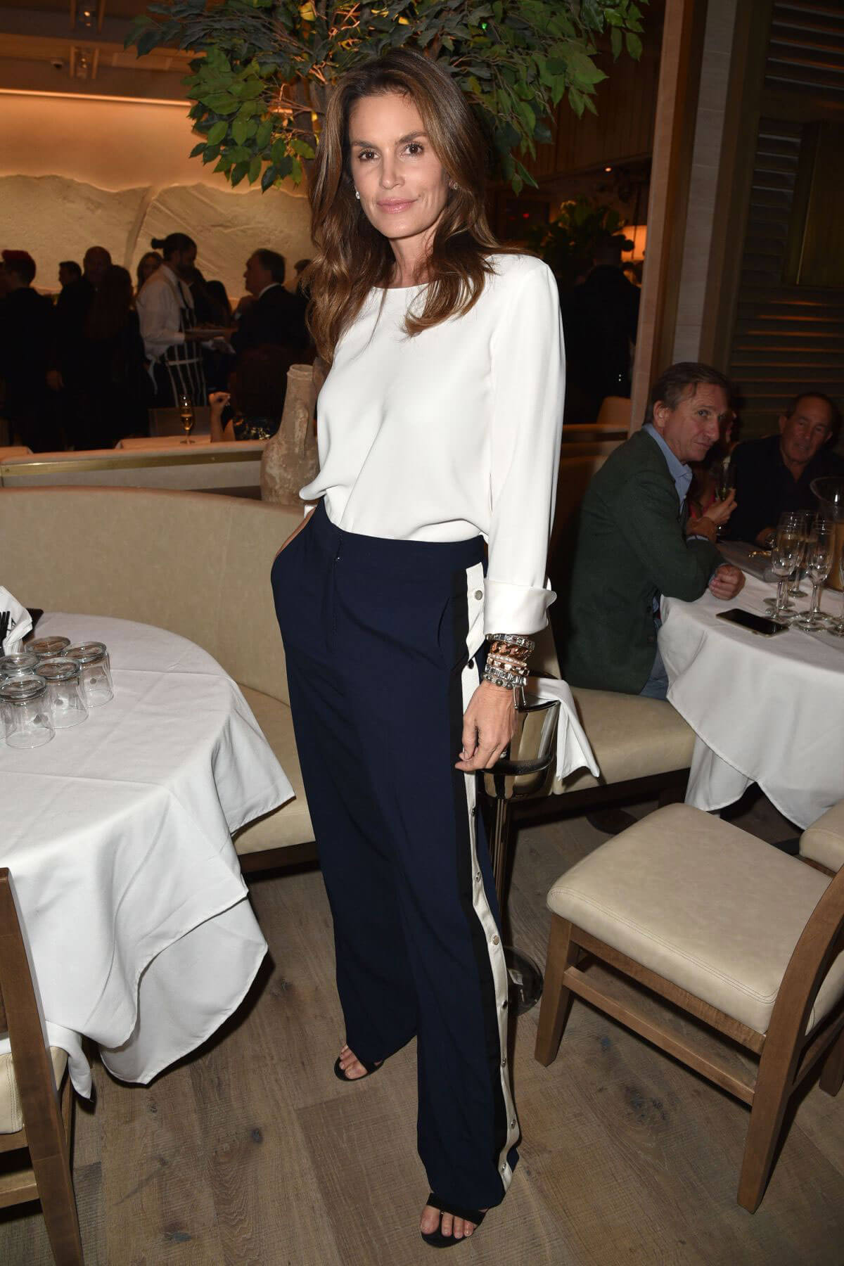 Cindy Crawford Stills at Avra Beverly Hills Opening in Beverly Hills 2018/04/26 3