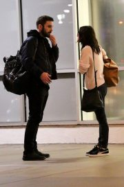 Courteney Cox and Johnny McDaid Stills at LAX Airport in Los Angeles 2018/04/20 2