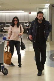 Courteney Cox and Johnny McDaid Stills at LAX Airport in Los Angeles 2018/04/20 3