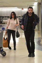 Courteney Cox and Johnny McDaid Stills at LAX Airport in Los Angeles 2018/04/20 4