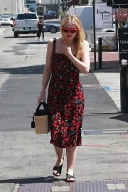 Dakota Fanning Stills Out and About in Beverly Hills 2018/04/23 3
