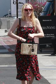 Dakota Fanning Stills Out and About in Beverly Hills 2018/04/23 8