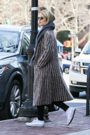Dianna Agron Stills Out in New York 2018/04/20 5