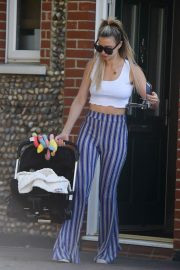 Ferne McCann Stills Out and About in Essex 2018/04/21 12