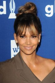 Halle Berry Stills at Glaad Media Awards 2018 in Beverly Hills 2018/04/18 8