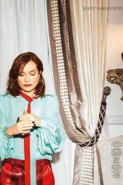Isabelle Huppert Poses in Grazia magazine, April 2018 4