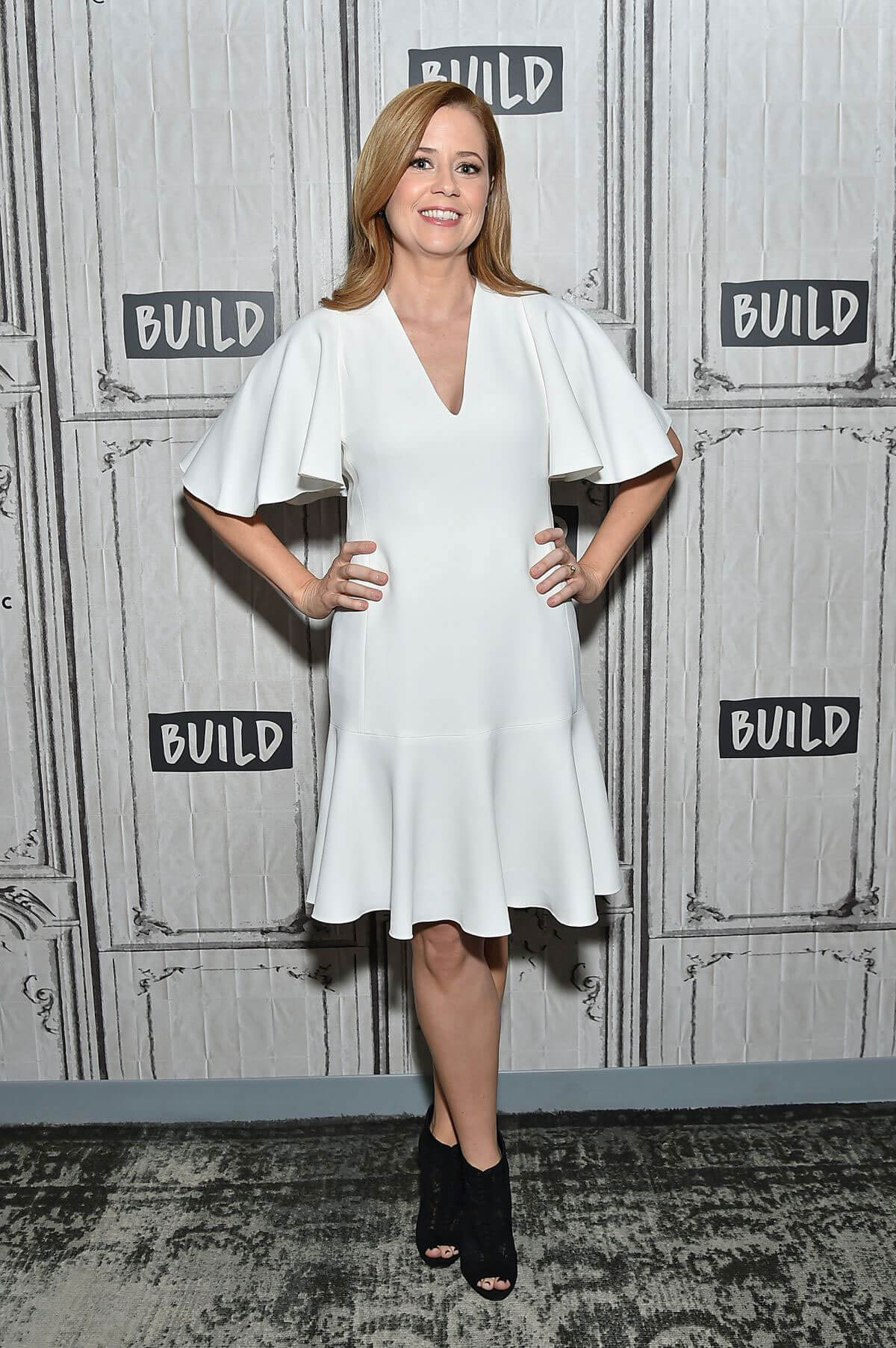 Jenna Fischer Stills at Build Series in New York 2018/03/23 6