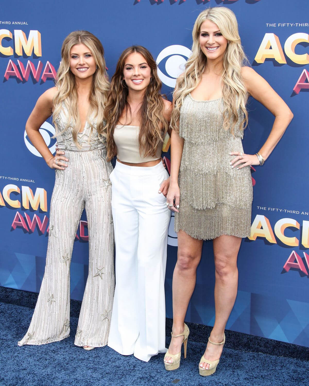 Jennifer Wayne, Naomi Cooke and Hannah Mulholland Stills at 2018 ACM Awards in Las Vegas 2018/04/15 12