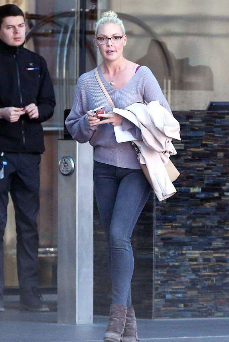 Katherine Heigl Stills Out and About in Toronto 2018/04/04 2