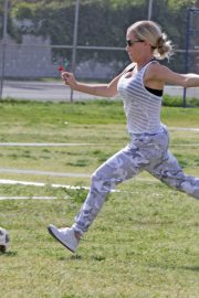 Kendra Wilkinson Stills at a Soccer Game in Los Angeles 2018/04/15 3