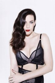 Liv Tyler Poses for Triumph Lingerie Spring/Summer 2018 Collection Photos 7
