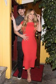 Mariah Carey Stills Leaves Dan Tana's in West Hollywood 2018/04/26 2