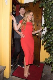 Mariah Carey Stills Leaves Dan Tana's in West Hollywood 2018/04/26 5