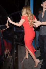 Mariah Carey Stills Leaves Dan Tana's in West Hollywood 2018/04/26 8