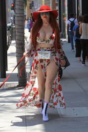 Phoebe Price Stills Out and About in Beverly Hills 2018/04/27 3