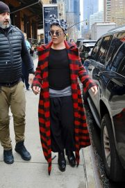 Pink Stills Leaves Her Hotel in New York 2018/04/04 6