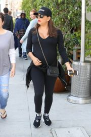 Pregnant Eva Longoria Stills Out for Lunch in Beverly Hills 2018/04/24 11