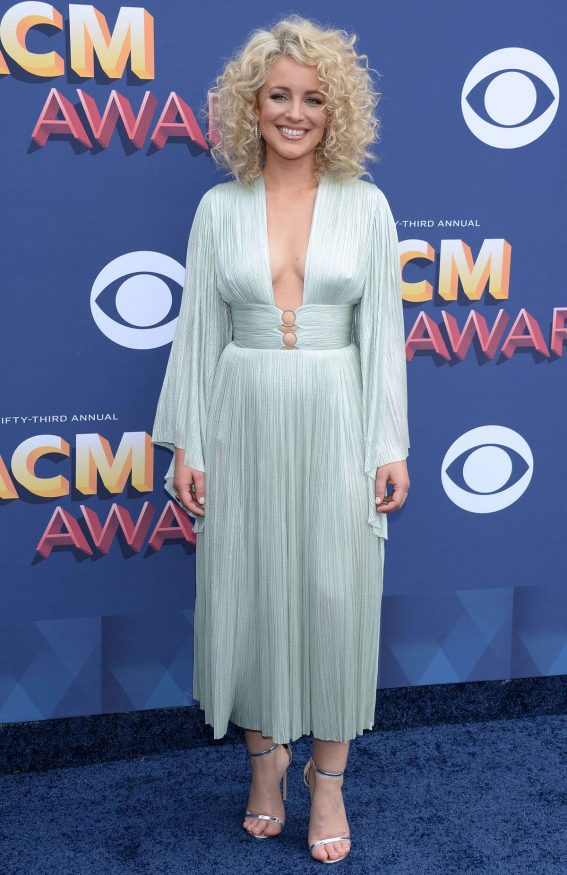 Singer Cam Stills at 2018 ACM Awards in Las Vegas 2018/04/15 8