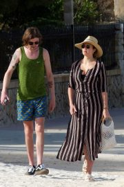 Sophie Porley and Jonny Alderton Out on the Beach in Majorca 2018/04/22 3