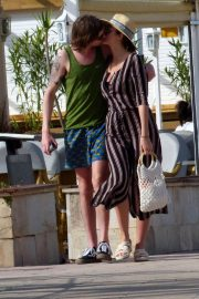 Sophie Porley and Jonny Alderton Out on the Beach in Majorca 2018/04/22 6