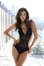 Alessandra Ambrosio Poses for Lascana's Spring/Summer 2018 Collection Photos 6