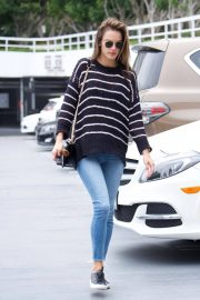 Alessandra Ambrosio Stills Heading to a Sports Medical Appointment in Los Angeles 2018/05/23 13
