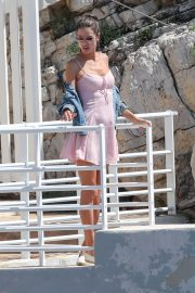 Alessandra Ambrosio Stills on the Set of a Photoshoot at Eden Roc Hotel in Antibes 2018/05/18 14