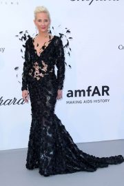 Anne Heche Stills at Amfar's 25th Cinema Against Aids Gala at Cannes Film Festival 2018/05/17 2