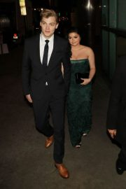 Ariel Winter and Levi Meaden Stills at Arclight Theatre in Hollywood 2018/05/01 4