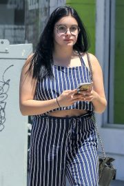 Ariel Winter Stills Out and About in Los Angeles 2018/05/17 13