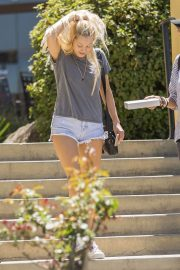 Ava Sambora Stills Out and About in Calabasas 2018/05/10 12