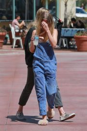 Baskin Champion and Abby Champion Stills Out for Lunch in Brentwood 2018/04/25 5