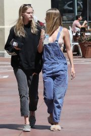Baskin Champion and Abby Champion Stills Out for Lunch in Brentwood 2018/04/25 10