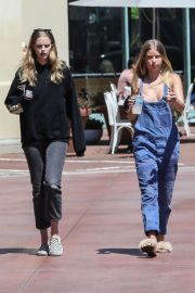 Baskin Champion and Abby Champion Stills Out for Lunch in Brentwood 2018/04/25 21